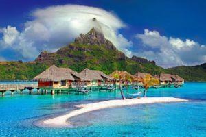 Transport morski materiałów budowlanych na wyspy na morzu Indyjskim
