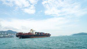 Fracht morski: podstawowe aspekty odpraw celnych